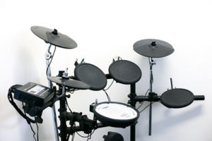 Should I Buy an Electric or Acoustic Drum kit?